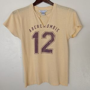 Vintage 90s Abercrombie and Fitch t-shirt large
